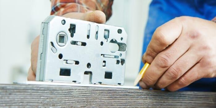 locks installation